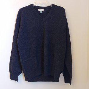 LL Bean Vintage Gray V Neck Lambs Wool Sweater